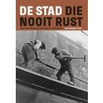 DVD - De stad die nooit rust | Andor von Barsy | Uitgeverij Diafragma | 9789490631062